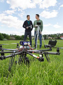 UAV Helicopter And Technicians At Park — Stock Photo
