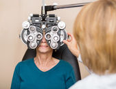 Senior Woman Having Eye Test — Stock Photo