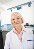 Senior Researcher Smiling In Hospital — Foto Stock