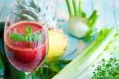 Sok ze świeżych owoców — Zdjęcie stockowe