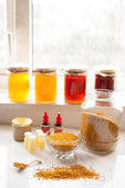 Honey bee products — Stock Photo