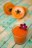 Papaya smoothie — Stock Photo