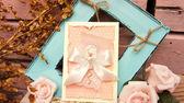 πρόσκληση με ροζ τριαντάφυλλα — Φωτογραφία Αρχείου