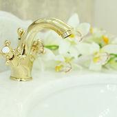 Bathroom Interior - sink and faucet closeup, background — Stock fotografie