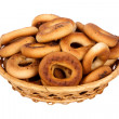 Foto Stock: Basket with dry bread-ring