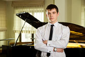 Young pianist — Stock Photo