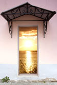 Door to the sea — Stock Photo