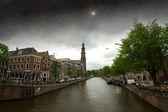 Amsterdam jesienną noc. elementy tego obrazu, dostarczone przez nasa — Zdjęcie stockowe