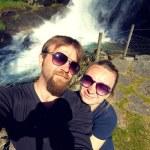 Newlyweds honeymoon vacation — Stock Photo #49059629