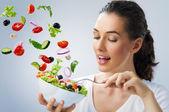 τρώει υγιεινά τρόφιμα — Φωτογραφία Αρχείου