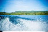 乘坐在船上的水 — 图库照片
