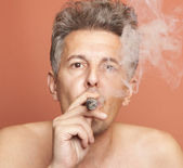 Man smoking — Foto Stock