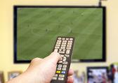 Fußballspiel im Fernsehen — Stockfoto