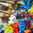 Oil paint and brushes — Stockfoto