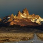 Monte fitz roy al amanecer, patagonia, argentina — Foto de Stock