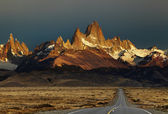 Mount Fitz Roy at sunrise, Patagonia, Argentina — Stock Photo