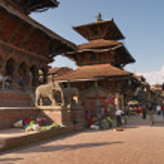 Hindu temple in Kathmandu, Nepal — Stock Photo #28215785