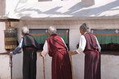 Elderly women in buddhist temple — Stock Photo