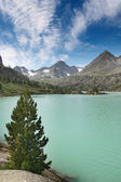 Turquoise lake — Stockfoto