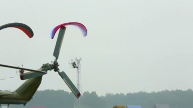 Powered paragliding. — Stock Video