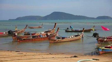 рыболовные суда — Стоковое видео
