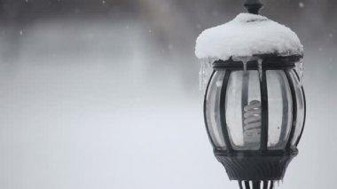 Snowy lantern — Stock Video