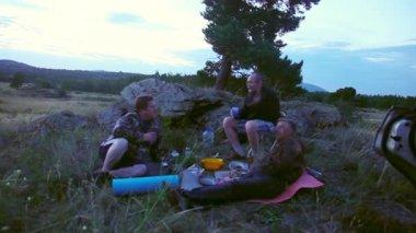 Dinner outdoors — Stock Video