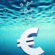 Euro go down — Stock Photo