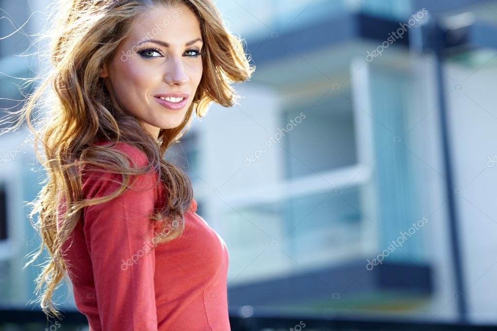 Young brunette woman portrait in autumn color  — Stock Photo #13047524