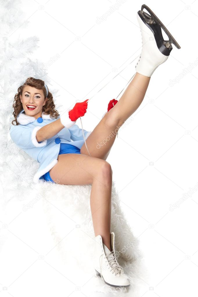 Sexy Ice Skating Woman   Stock Photo #14944243
