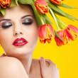 Beauty woman portrait with wreath from flowers on head ogange  b — Stock Photo