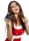 Giovane e bella donna con fotocamera retrò — Foto Stock