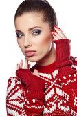 Beautiful woman in warm clothing — Stock Photo