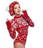 Mooie vrouw in warme kleding — Stockfoto