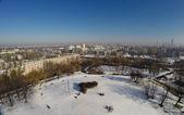 Ciudad de invierno desde el cielo. vista superior — Foto de Stock