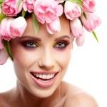 Spring girl wearing flowers hat — Stock Photo #42379953
