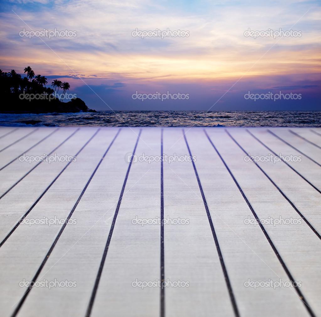 Terrasse bois peint texturé — Photographie zoomteam © #45805569[R