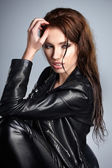 The girl in black leather jacket — Foto Stock