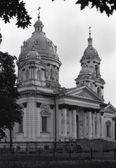 Dreifaltigkeits-Kathedrale - orthodoxen Kirche in Sumy, Ukraine. Film-p — Stockfoto