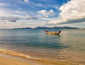Boats in the tropical sea. Thailand — Stockfoto