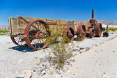 Old wagon in the Death Valley — Stock Photo