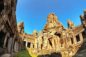Ancient buddhist khmer temple in Angkor Wat complex — Foto Stock