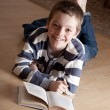 Boy reeding book - Foto Stock