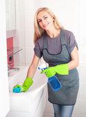 Woman washing sink — Stock Photo