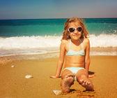 Barn på stranden — Stockfoto