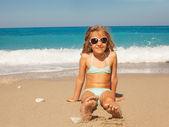 Child on the beach — Stockfoto