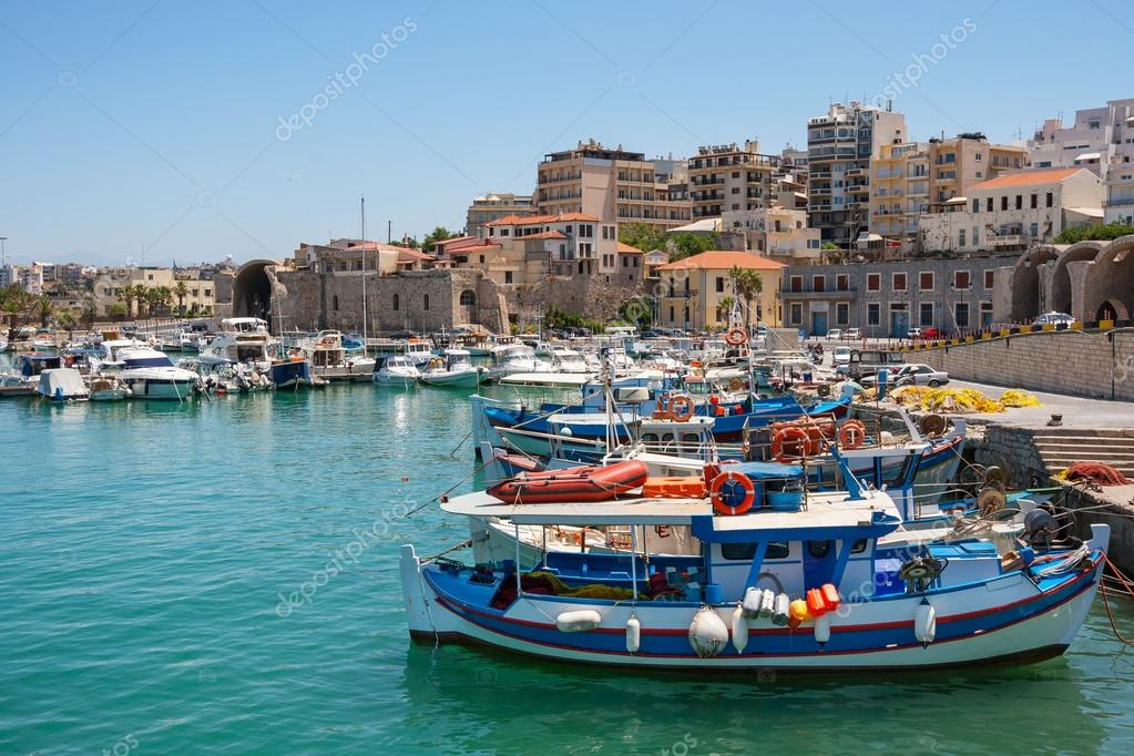 Boats in the old port of Heraklion. Crete, Greece, Europe  — Stock Photo #12747951