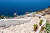 Stairway to sea. Oia, Santorini, Greece — Stock Photo