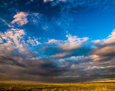 Dramatic sky and clouds at sunset — Stock Photo