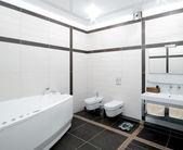 Bagno in stile minimalismo — Foto Stock